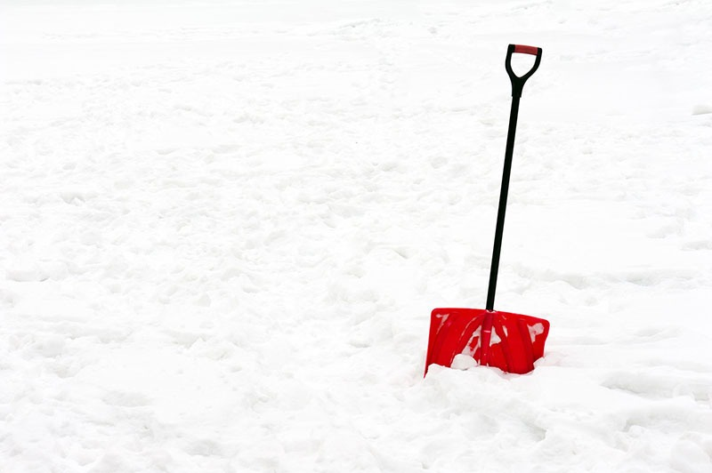 Snow Shoveling Safety Tips