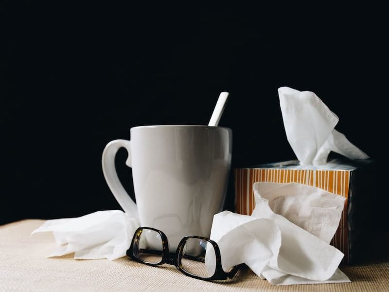 Natural and Simple Home Remedies for Kicking Colds and the Flu
